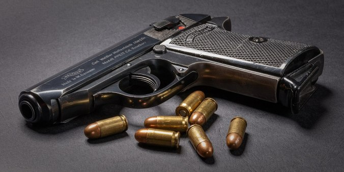 1280px-Classic_Walther_PPK